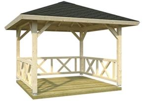 Holzpavillon